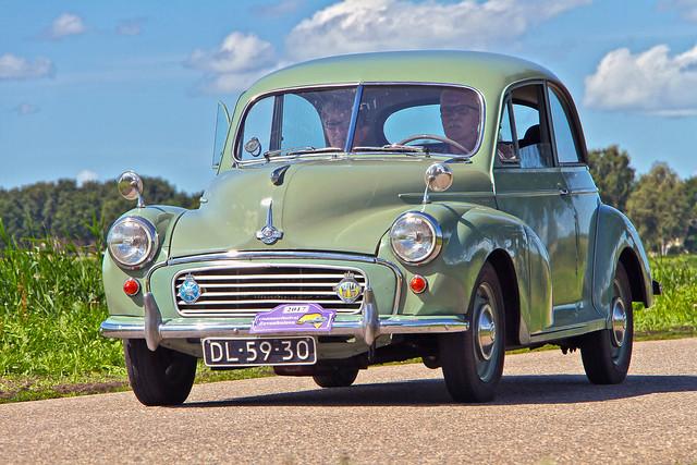 Morris Minor Series II Saloon 1956 (5294)