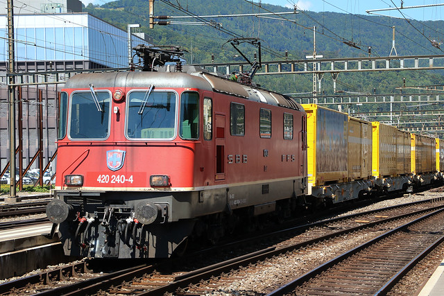 Re420 240-4 SBB-CFF-FFS. Olten, Canon EOS 750D, Canon EF-S18-135mm f/3.5-5.6 IS STM