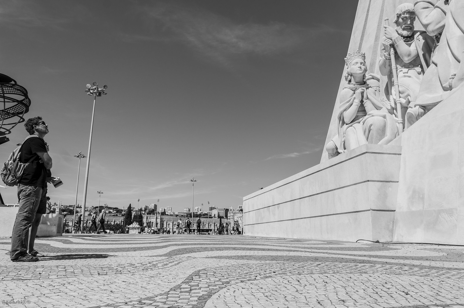 Lisbon Discovering B&W