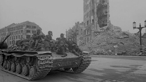 Damaged  KV-1s with the Turret behind in Berlin 1945