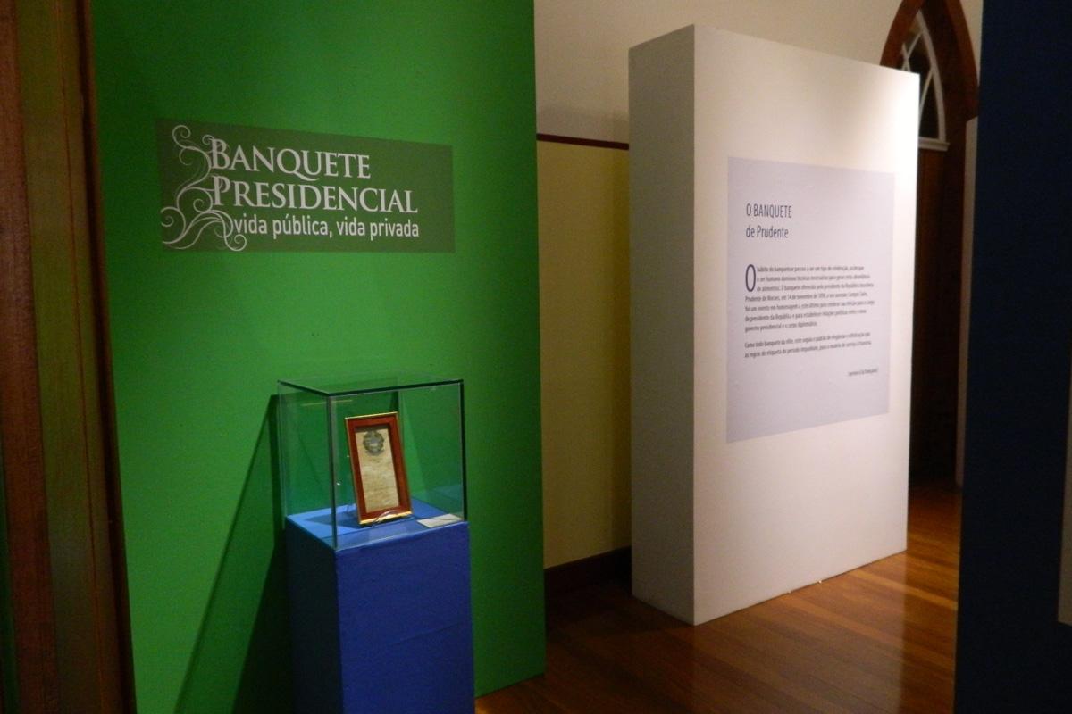Técnicas em Museologia da Etec Parque da Juventude organizam exposição em Piracicaba
