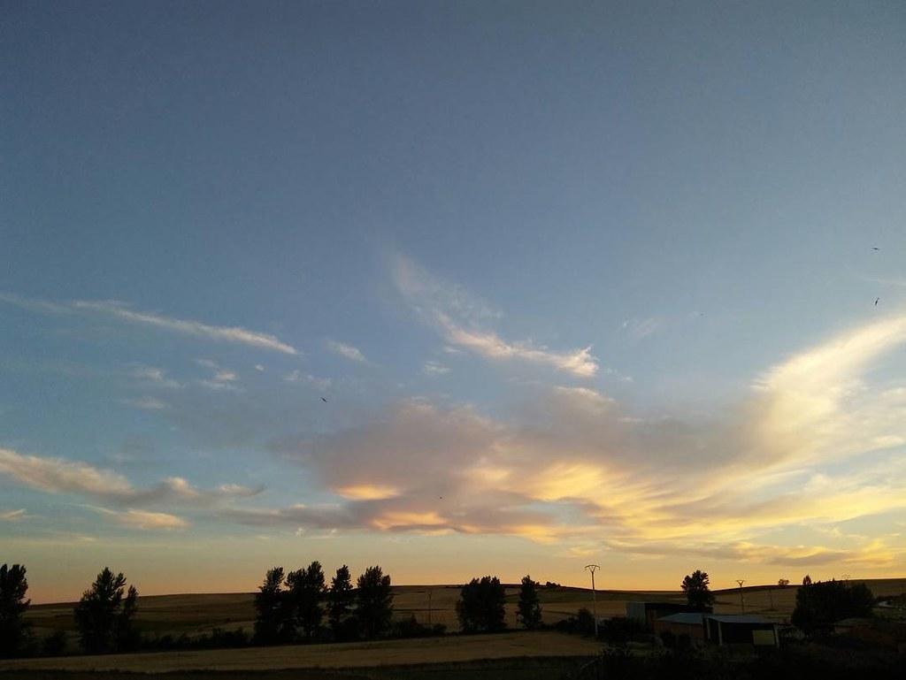 Bonito atardecer de viernes. #sunset #phonephoto #photography #summer2017 #sinfiltro #nofilter