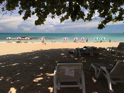 今日のサムイ島 9月3日 チャウエンノイビーチ♡