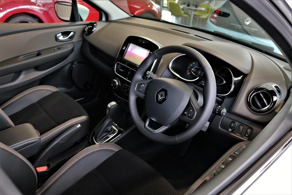 Renault CLIOⅣ Phase2 INTENS Interior