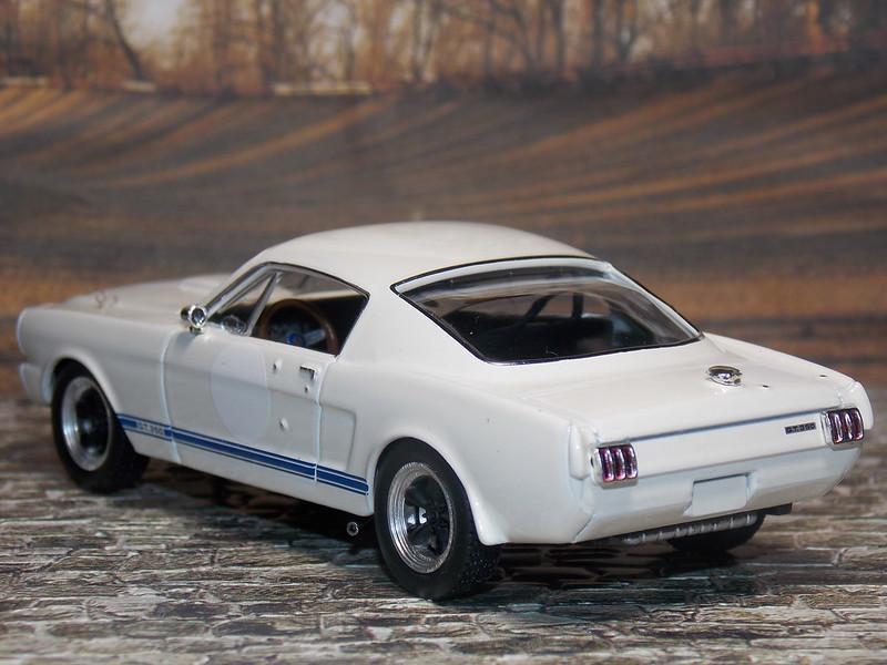 Shelby Mustang 350GT - 1966 - IXO
