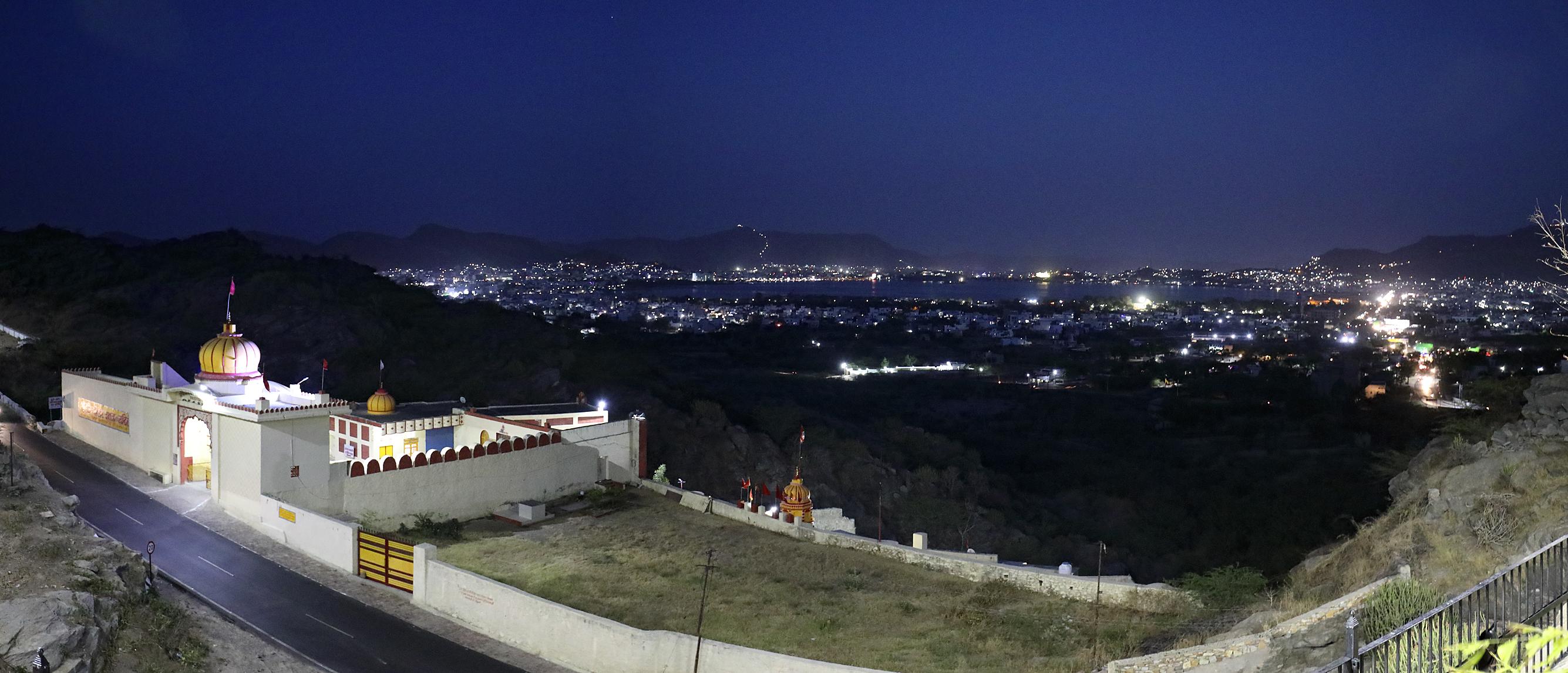 Панорама_Пушкар ночью 4