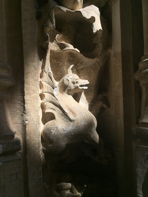 Seres en el Claustro de San Juan de los Reyes, Toledo
