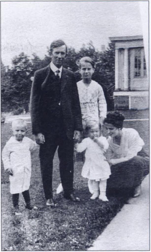 francis-straub-1900s