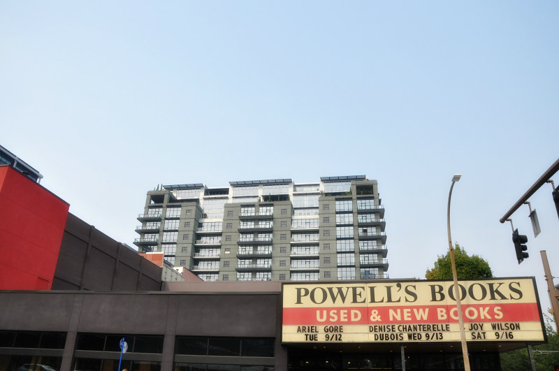 Powell's Books Portland @ Mt. Hope Chronicles