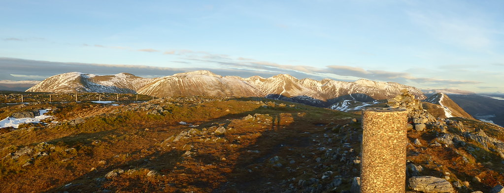 The Mamores from Mam nan Gualainn