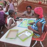 dream-home-kids-play-board-games08