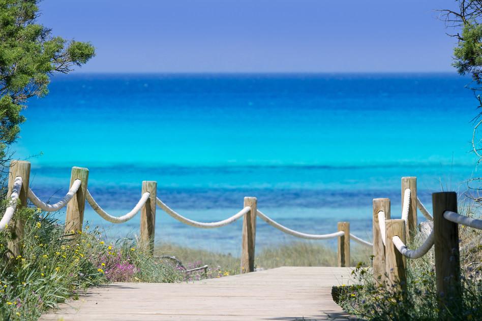 Illetas illetes beachn turquoise Formentera island