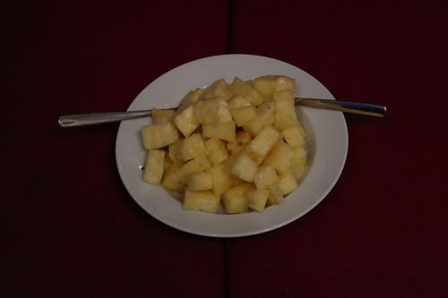 Aufgeschnittene frische Ananas