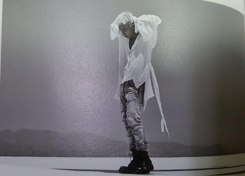 Taeyang WHITE NIGHT RED Edition (33)