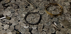 Coin Hoard valued @ £1,082,000 Inc 617 Coins .