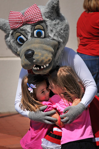 Ms Wuf gets hugs from fans during Packapalooza.