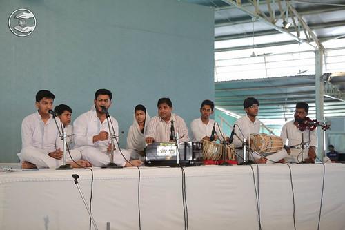 Avtar Bani by devotees from Sitapuri