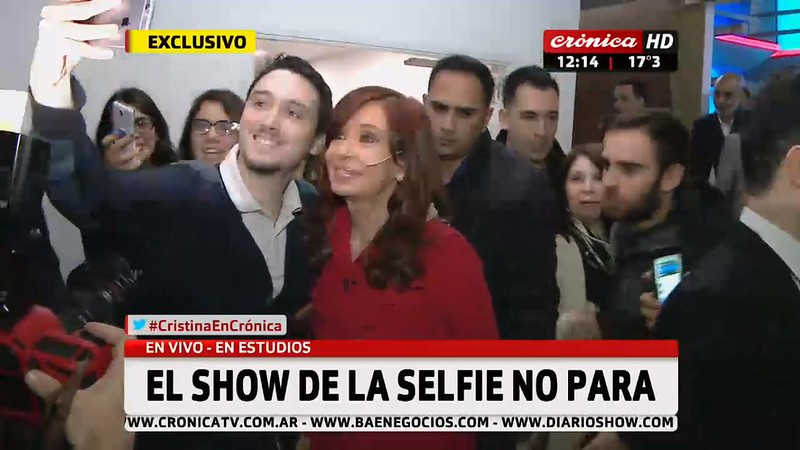 EL SHOW DE LA SELFIE NO PARA