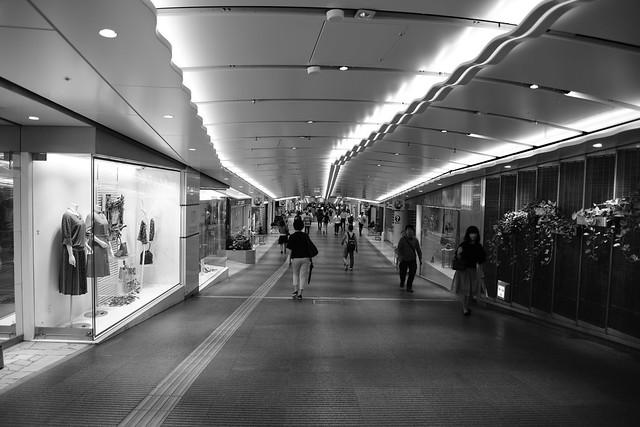underground shopping street, Nikon D850, AF-S VR Zoom-Nikkor 24-85mm f/3.5-4.5G IF-ED
