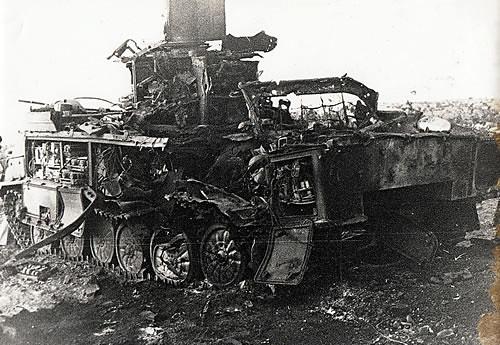 SA-6-1S91-radar-destroyed-by-AGM-78-standard-arm-1982-q-iru-1