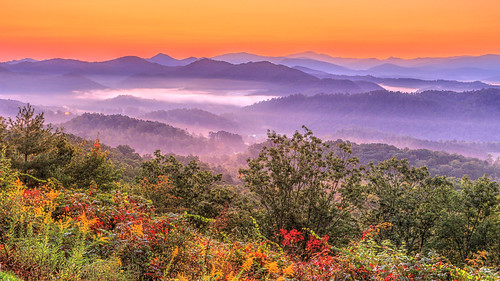 dawn sunrise fog vally great smoky mountains national park tennessee