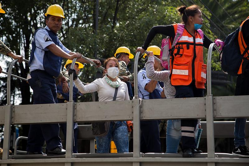Mujeres de maquila textil permanecen atrapadas