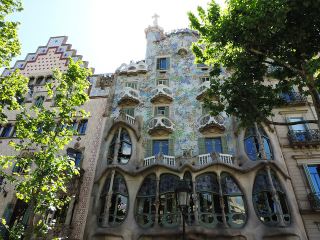 Architecture Guide To Barcelona: Casa Batlló, Barcelona, Spain