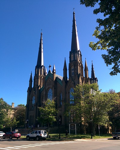 St. Dunstan's Basilica (2) #pei #princeedwardisland #charlottetown #stdunstansbasilica #churches #greatgeorgestreet #latergram