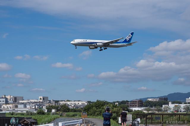 Itami Airport 2017.8.3 (1) JA605A / ANA's B767-300