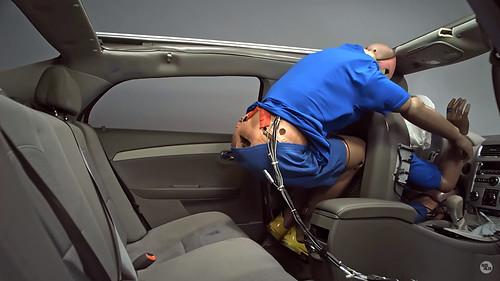 Cinturón de seguridad atrás