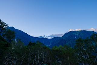 劔御前と奥大日岳の間から浄土山