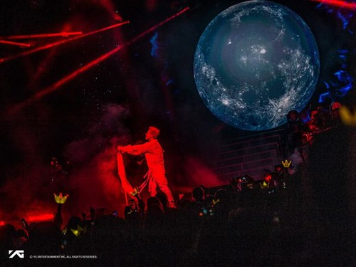 Taeyang Official Photos WHITE NIGHT in New York 2017-09-01 (13)