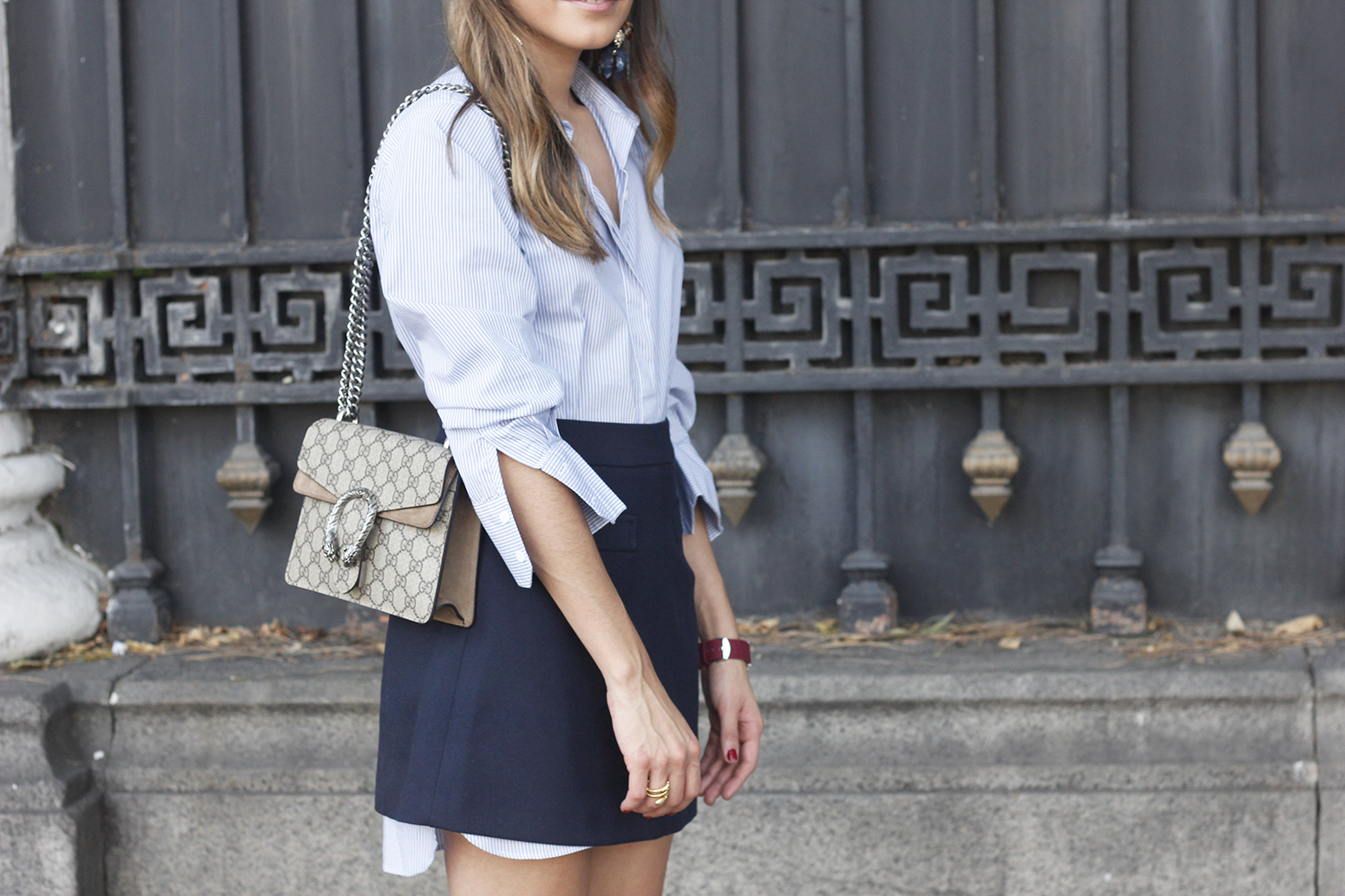 striped shirt blue navy skirt gucci bag heels outfit fashion style14