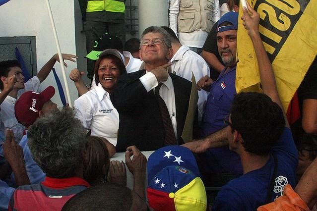 Após quase 20 anos, velha direita da Venezuela retoma protagonismo na oposição