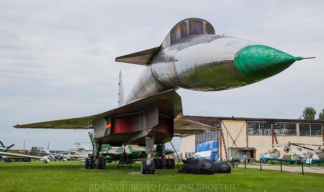Sukhoi T-4   MONINO MUSEUM   RUSSIAN