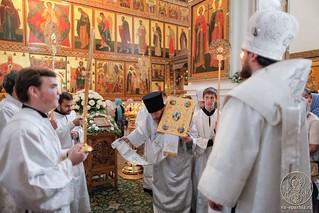 Литургия в Хутынском монастыре 320