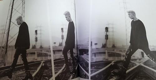 Taeyang WHITE NIGHT RED Edition (23)