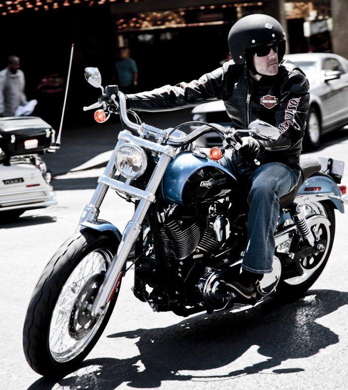 Harley-Davidson 1450 DYNA SUPER GLIDE CUSTOM FXDC 2005 - 17