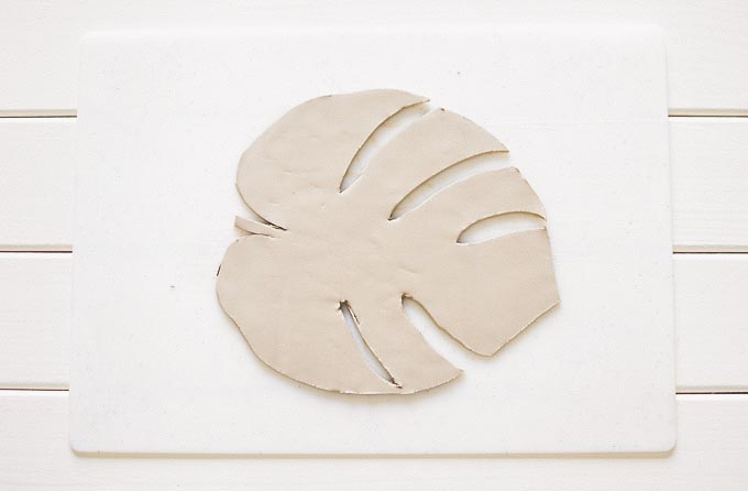 diy_clay_tropical_leaves_bowls_jewelry_dishes-8