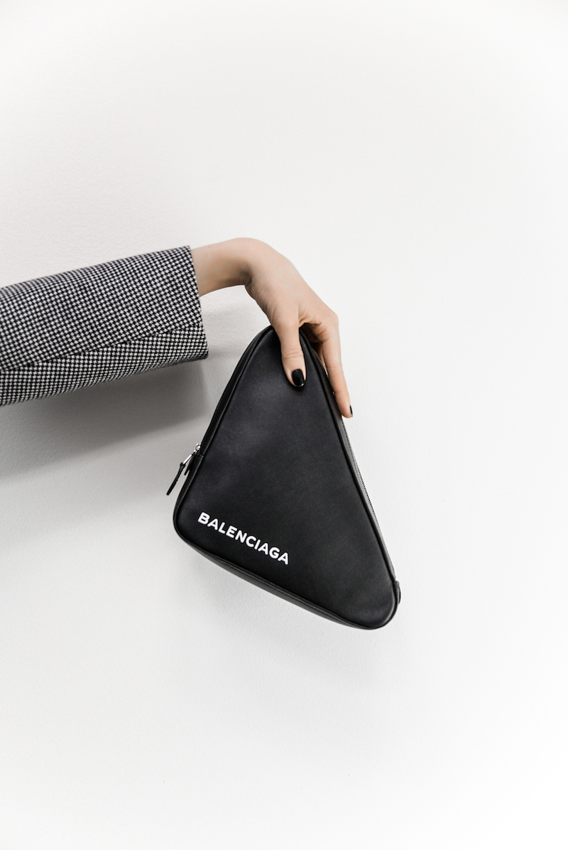 Balenciaga triangle bag pouch clutch black fashion blogger minimal kaity modern legacy Instagram (1 of 1)