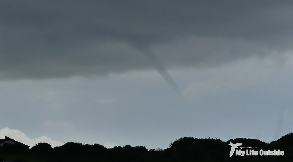 P1110355 - Funnel Cloud!