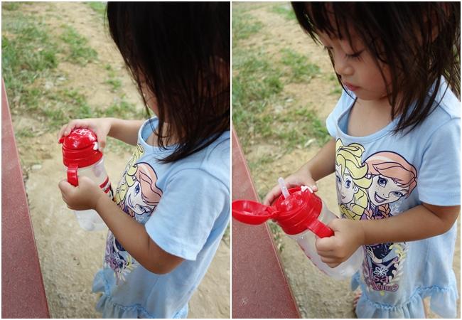 【ViVibaby】迪士尼款彈跳水杯-米奇 330ml (9).jpg