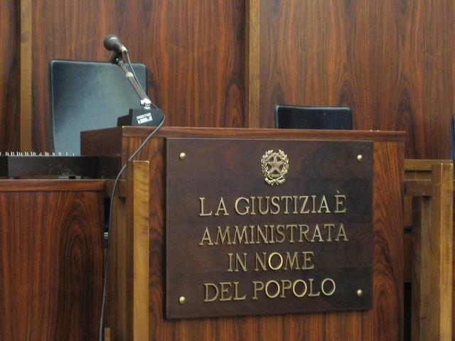 aula tribunale in nome del popolo