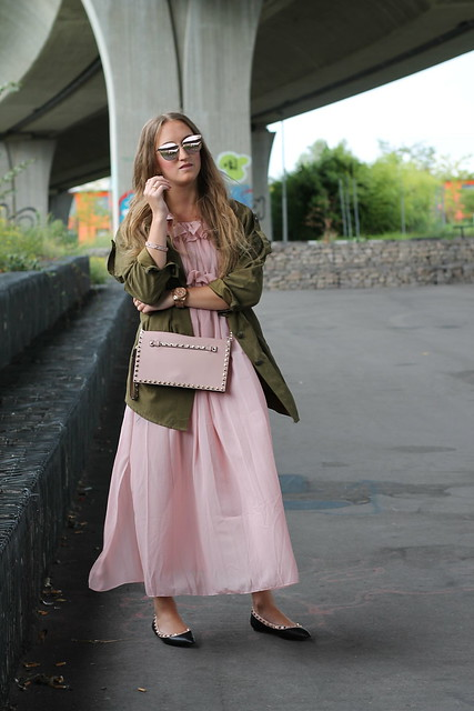 long-dress-and-parka-whole-outfit-front-wiebkembg