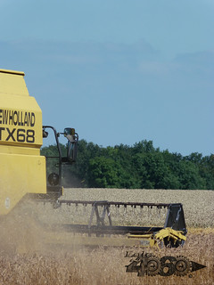 New Holland Tx68 plus-094