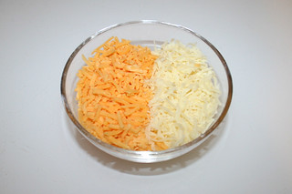 03 - Zutat geriebener Käse / Ingredient grated cheese