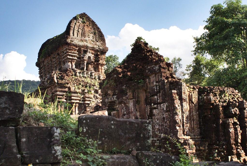 Vue du sanctuaire de Mỹ Sơn au Vietnam.