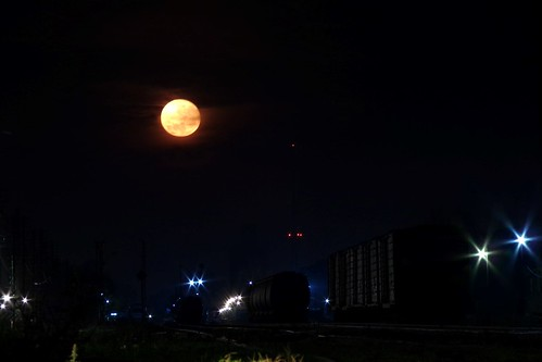 Luna y trenes
