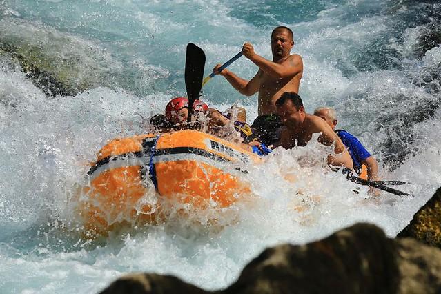 http://www.raftneretva.com/2017/09/neretva-river-best-rafting.html