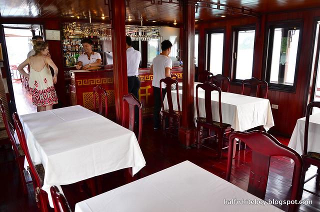 halfwhiteboy - halong bay cruise 18